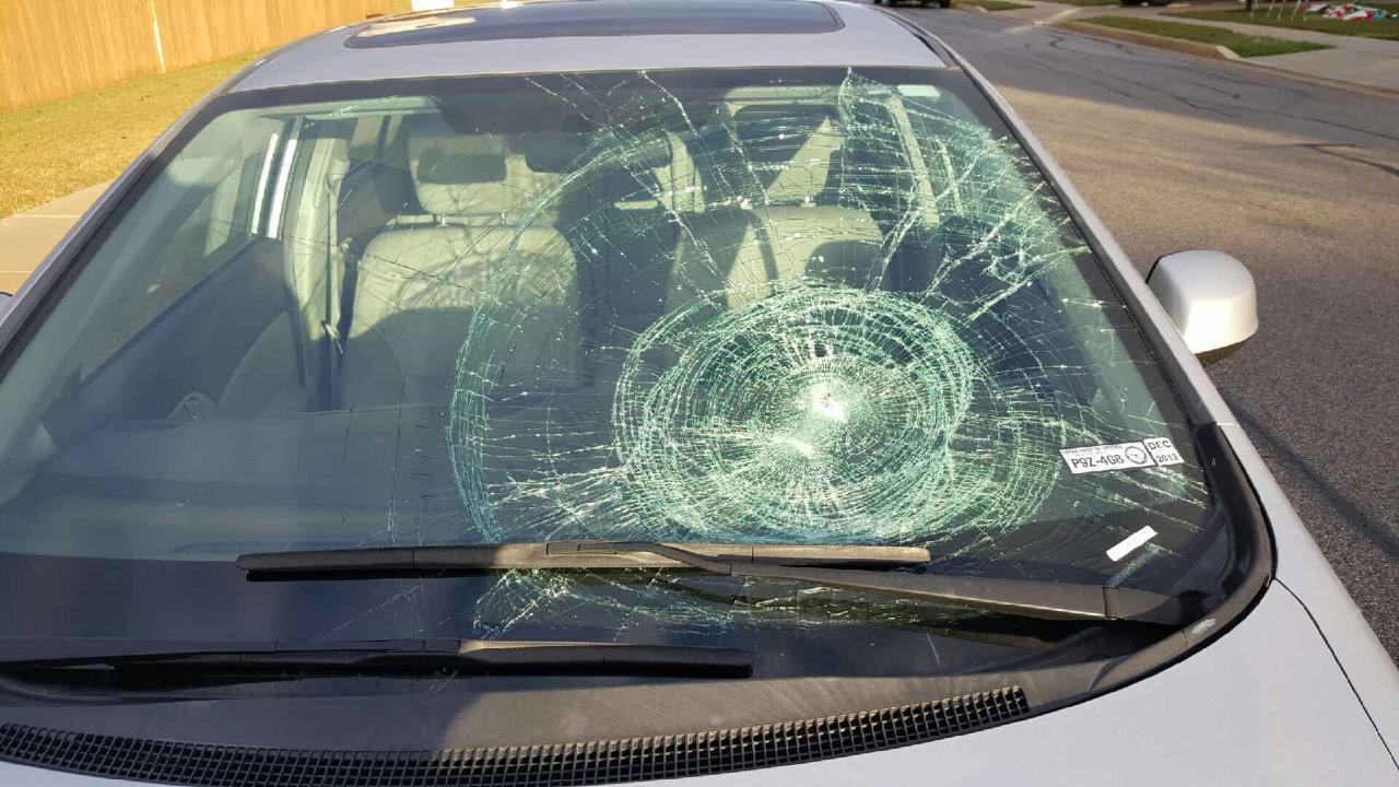Can Your Windshield Crack From Cold Mobile Glass
